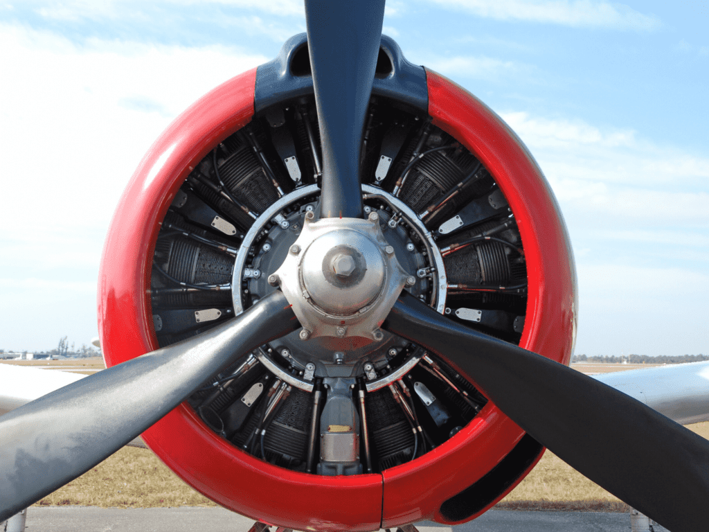 Image of a propeller with a red plane